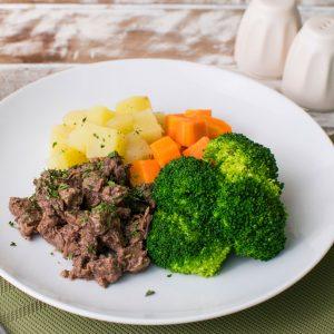 Lefit Pratos Saudáveis - Patinho Fit com Batata Doce