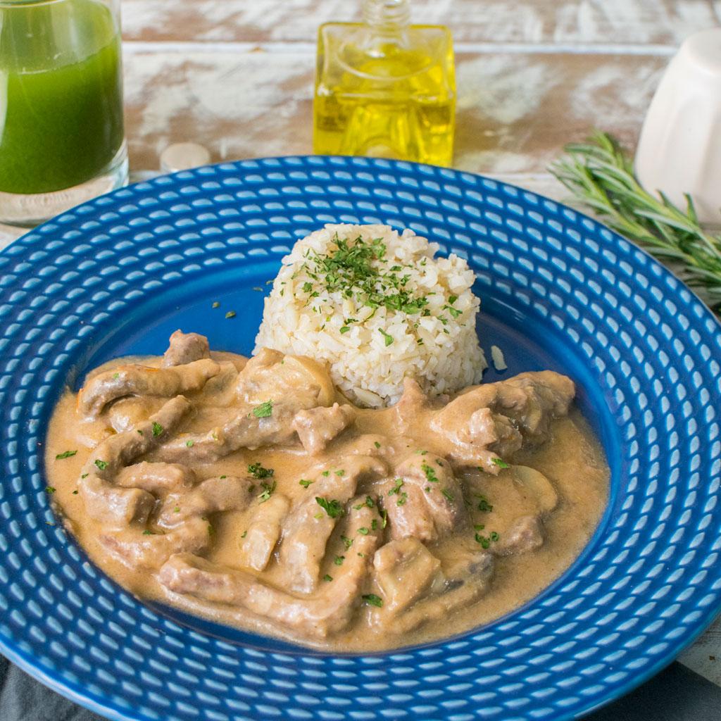 Lefit Pratos Saudáveis - Strogonoff de Carne com Arroz Integral