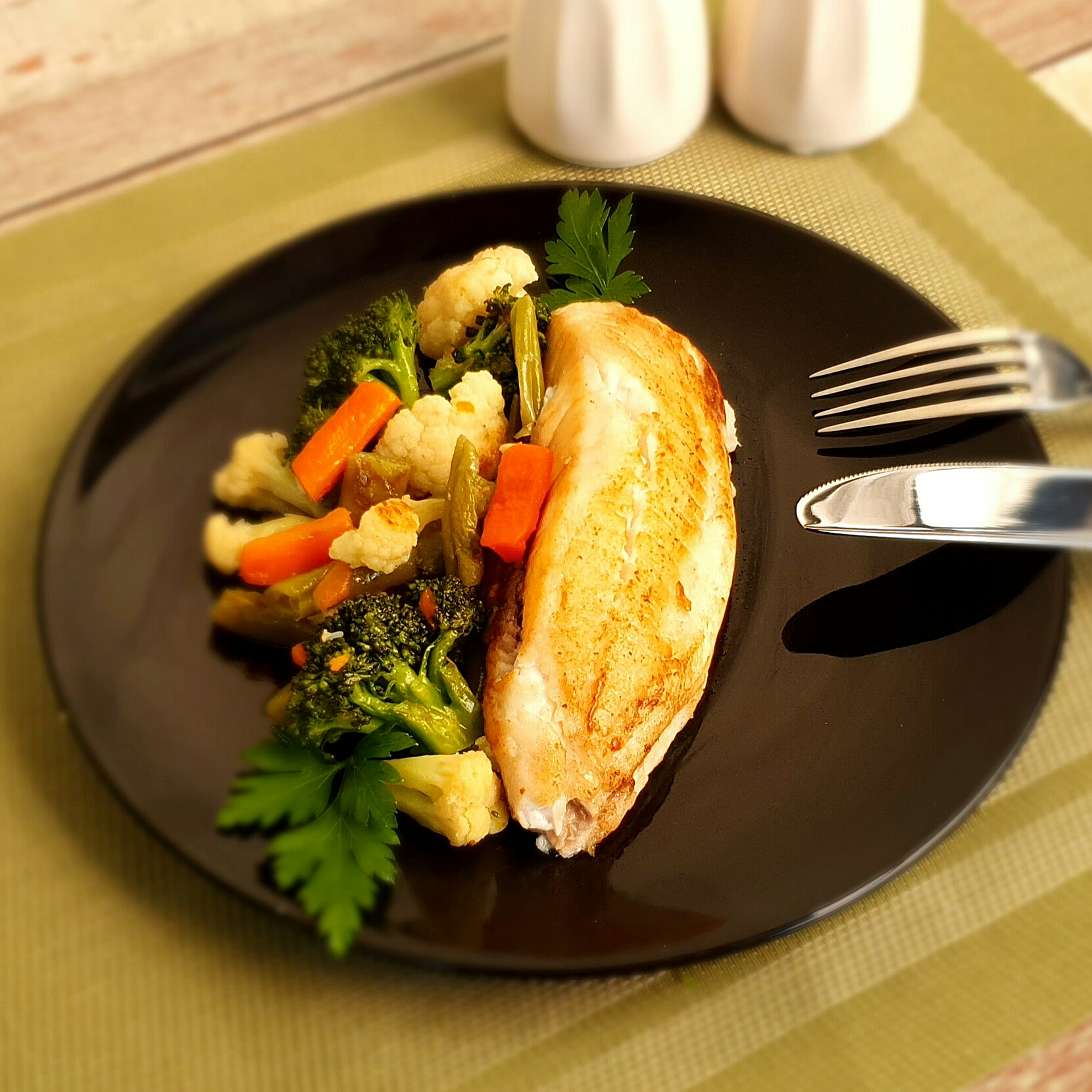Tilapia com legumes lefit
