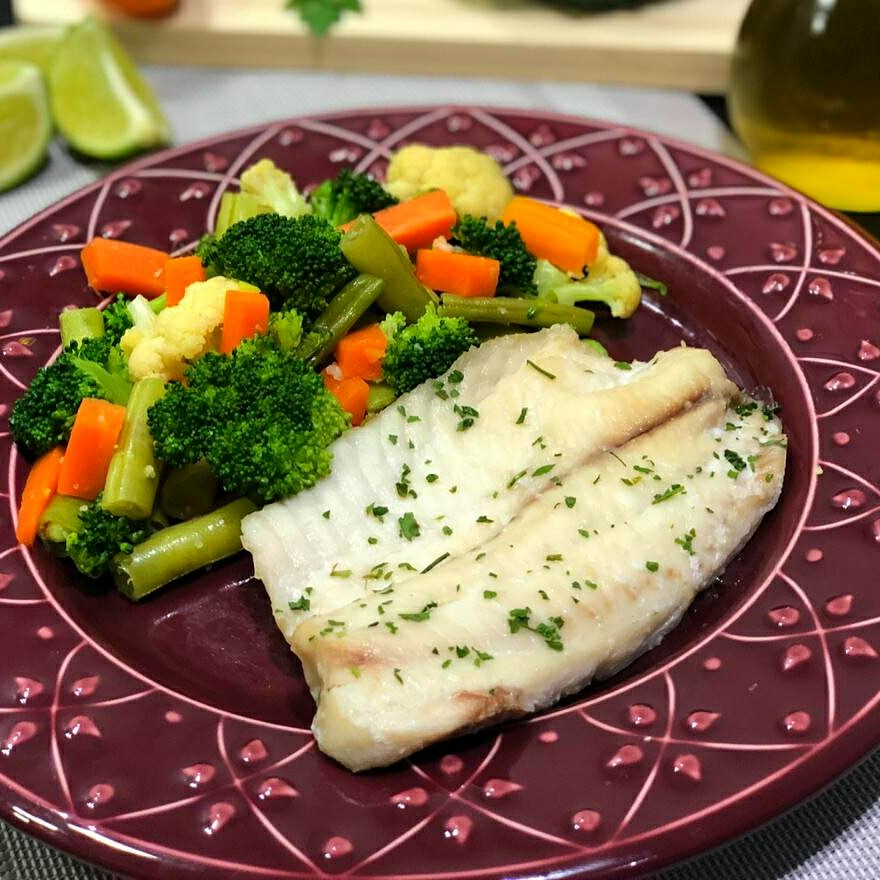 LeFit Pratos Saudáveis - Tilapia com Mix de Legumes