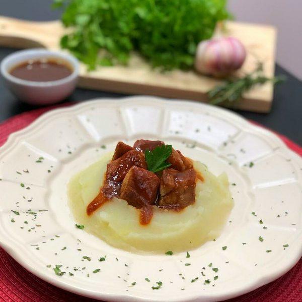 Mignon-Suino-ao-bbq-com-pure-de-batatas