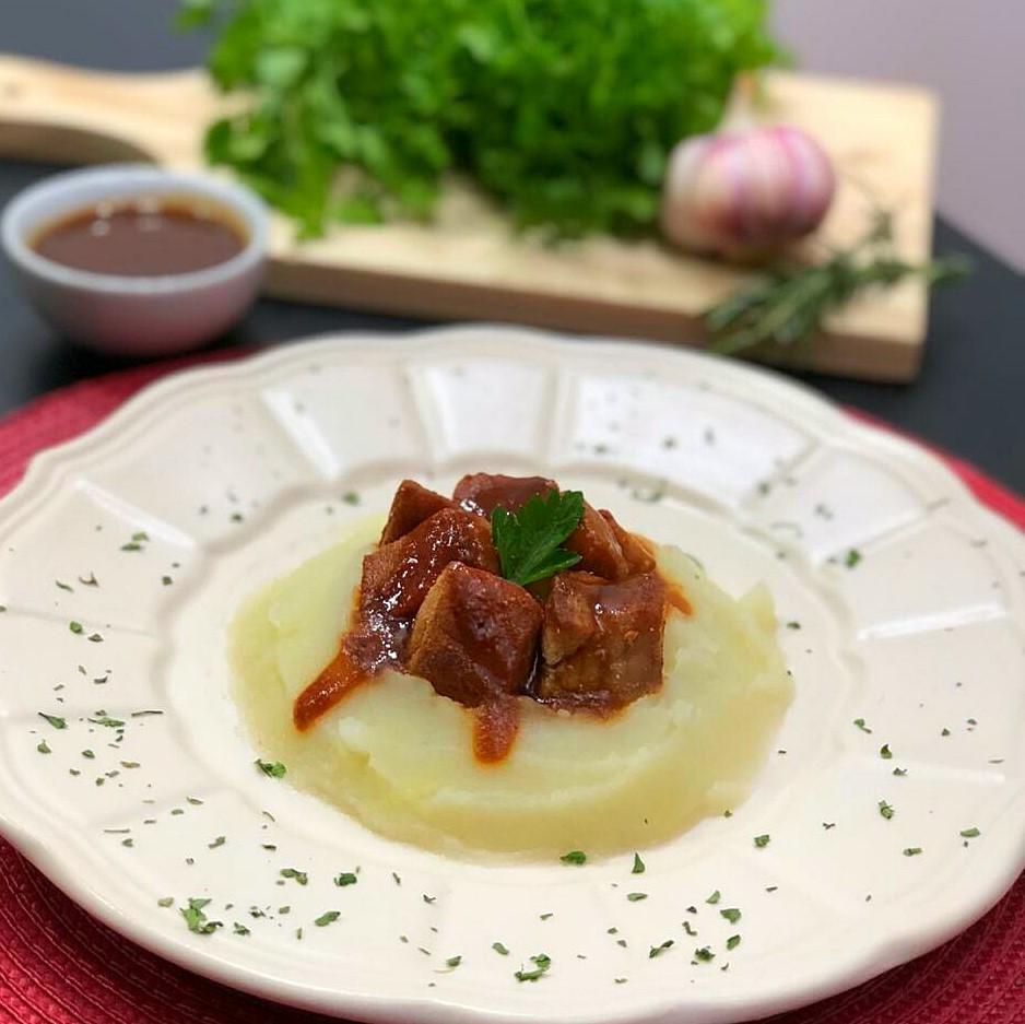 Mignon Suino ao bbq com pure de batatas